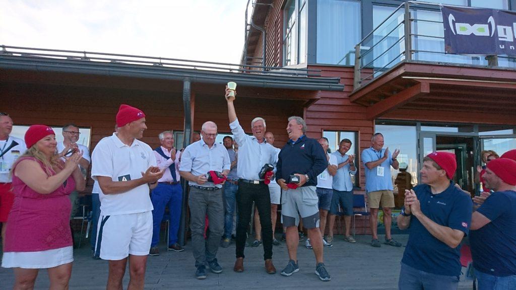 Guldpokalvinnarna Per Jørgensen, Kristian Hansen och Claes Hoglert